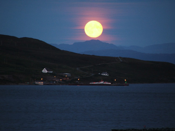 Moon Rise over Suishnish on Raasay from The Braes